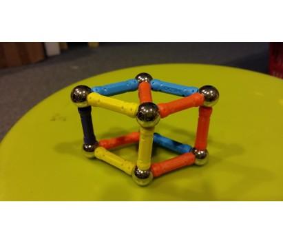 magnetic balls and sticks construction set